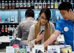Samsung, tonfo utili -60%. Paga successo Apple e minaccia cinese Xiaomi