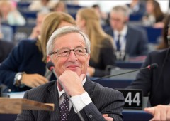 Paura corsa sportelli: Juncker rassicura l'Italia