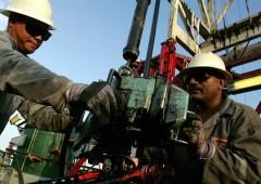 """""""Petrolio: panico ovunque. Speculazione e rischio volatilità"""""""