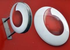Tlc, Vodafone: titolo fino a oltre +7%, alza stime intero anno