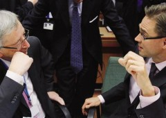 Ue avverte l'Italia: servono altri 14 miliardi per ridurre deficit