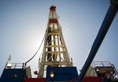 """Petrolio, """"tonfo non è finito"""". Tra i motivi forza dollaro e boom produzione Usa"""
