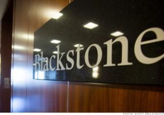 Blackstone vede grigio sull'azionario: