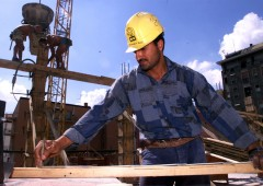Italia, costruzioni in apnea. Tonfo produzione -10,6%