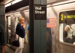 Rischio deflazione per l'economia Usa, Wall Street arretra dai record
