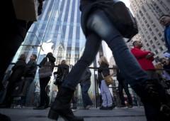 Apple segna nuovo record: valore di mercato a $700 miliardi