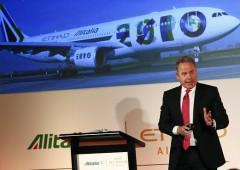 """Alitalia, """"questa è l'ultima possibilità per salvarla"""""""