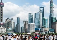 Cina, tasso di crescita più basso in 11 anni. Ma lo yuan diventa quinta valuta al mondo
