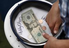 Rialzo tassi Fed, dollaro straccia ogni record. Giù oro, bond, asset emergenti