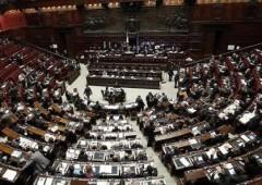 Milleproroghe: novità regime minimi, blocco sfratti. Rimane sconto Rai-Mediaset