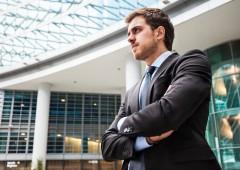 Credit Suisse e Deutsche Bank: aumentano stipendi per giovani banchieri
