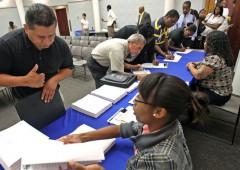 Batosta Usa: in aprile disoccupazione vola al record del 14,7%