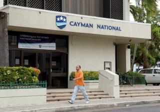 Sistema politico bancario spinge cittadini medi verso i paradisi fiscali