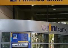 Grecia, banca cancella debiti e congela mutui per i più poveri