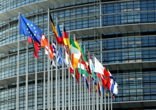 Le sfide per l'Europa, il nuovo webinar di Arca Fondi SGR e ISPI