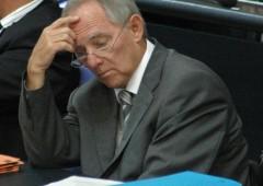 """Grecia, Schaeuble cita idea """"valuta parallela"""""""
