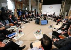 G7: clima di fuoco. La novità è il simposio presieduto da Roubini