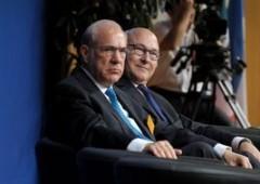 Settore servizi frena in Eurozona, ma società tornano ad assumere