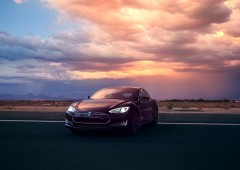 Tesla: auto elettrica senza pilota sul mercato entro tre anni