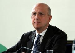 """""""Tedeschi salvano banche con soldi pubblici, Italia non può"""""""
