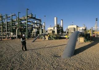 Libia: Italia in guerra per difendere pozzi petroliferi di Eni