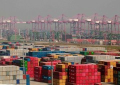 Commercio Italia: a giugno si impenna l'import, arretra l'export