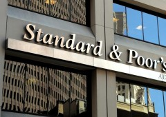 S&P non cambia rating, ma abbassa outlook e stime Pil