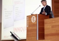 Telecom: utile netto zavorrato da oneri e accantonamenti. Migliorano risultati in Italia