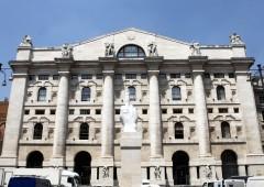 Piazza Affari in correzione post Bce. Titoli buy e sell
