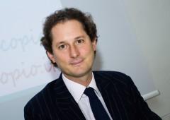 Agnelli riscoprono l'Italia: a caccia di investimenti nelle PMI