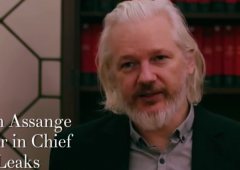 """New York Times accusa Assange: """"Manipolato da Mosca"""" contro gli Usa"""