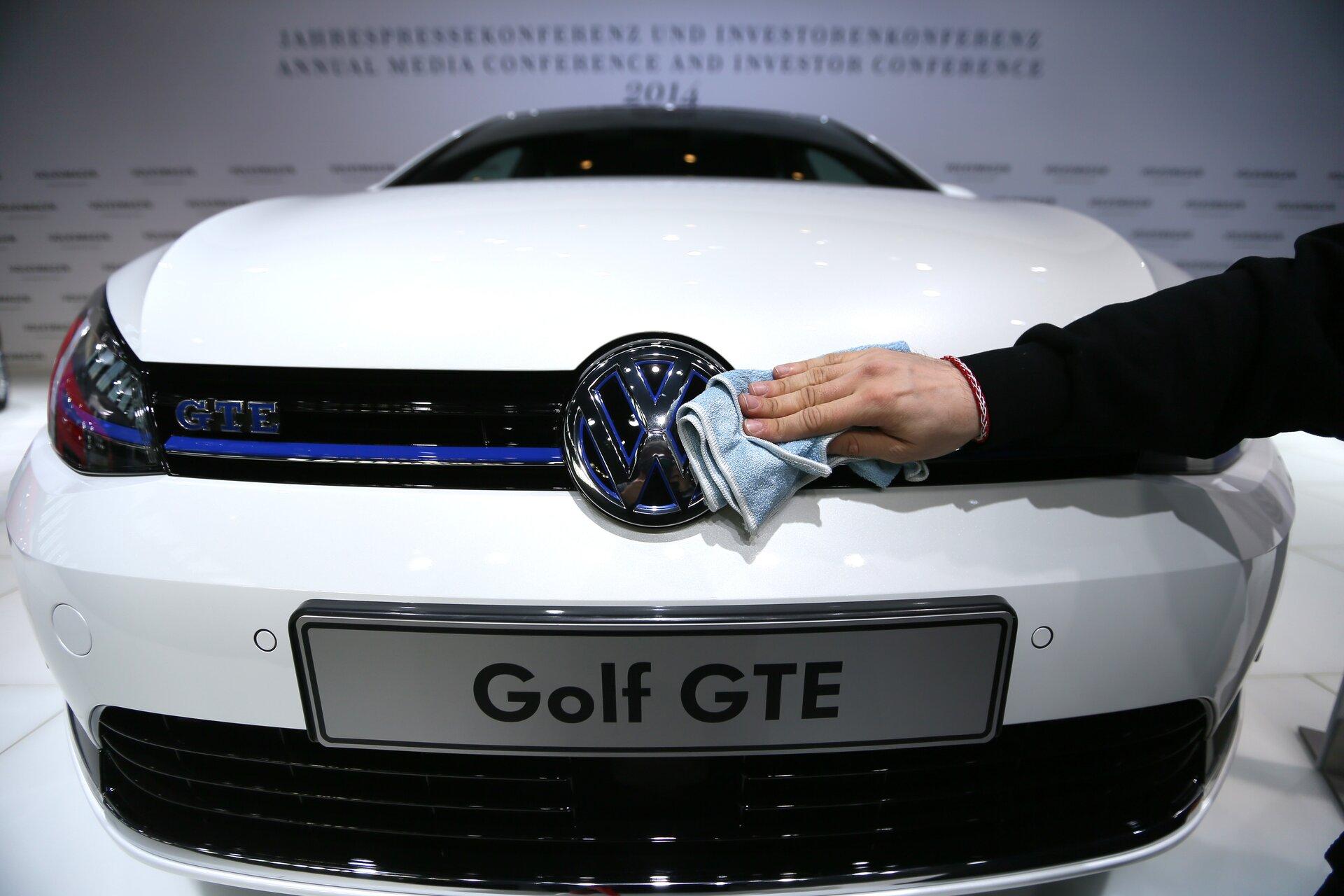 Truffa Volkswagen sul diesel: multa da $18 miliardi e titolo crolla -20%