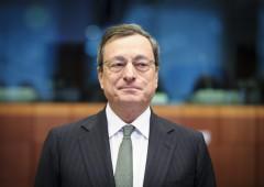 Eurozona: è di nuovo in deflazione. Bce affila armi