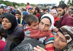 Ue a Italia: impronte migranti anche con la forza