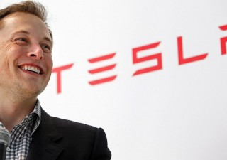 Musk: collegamento uomo-macchina tra 4 anni