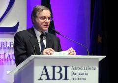 """Bankitalia: abolizione tasse casa, """"effetti limitati sui consumi"""""""