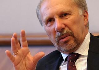 """Nowotny (BCE): """"Debito italiano pericolo per l'Ue"""