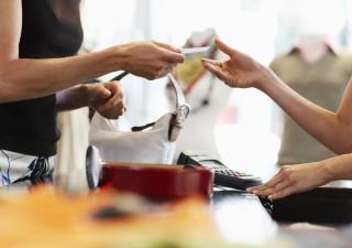 Confcommercio: nuovo DPCM manderà al tappeto consumi (-17,5 miliardi nel quarto trimestre)