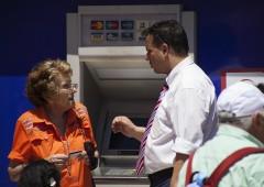 I banchieri vogliono eliminare l'uso dei contanti