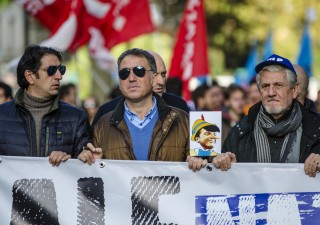 Giovedì di passione in Francia: sciopero generale contro la riforma delle pensioni