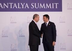 UE si vende alla Turchia: 3 miliardi di aiuti per crisi rifugiati