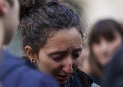 """Terrore a Parigi, sale bilancio vittime. Isis: """"E' solo l'inizio"""""""