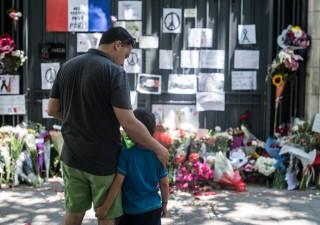Attentati Parigi, fratelli terroristi coperti dall'intelligence?