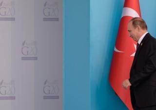 Russia: abbattimento aereo programmato. Iniziata guerra economica contro Turchia