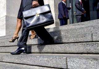 Borsa Milano +1,38%, Unipol +7%. Euro rischia $1,07