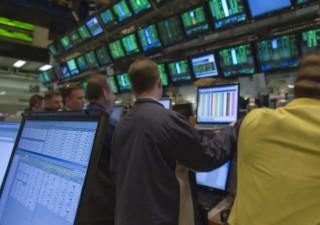 Borsa Milano in rialzo, euro rimane osservato speciale