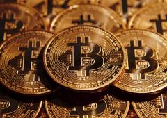 Voci controlli capitali in Italia, Bitcoin da record: è parità con l'oro