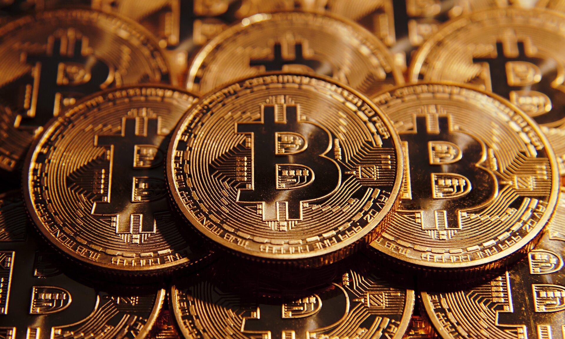 Risultati immagini per foto bitcoin