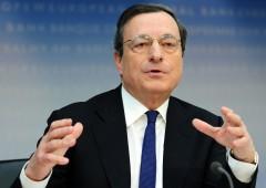Draghi non rinuncia a bazooka QE. Euro scivola sul dollaro