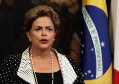 Brasile: Impeachment, addio Rousseff. Che grida al complotto